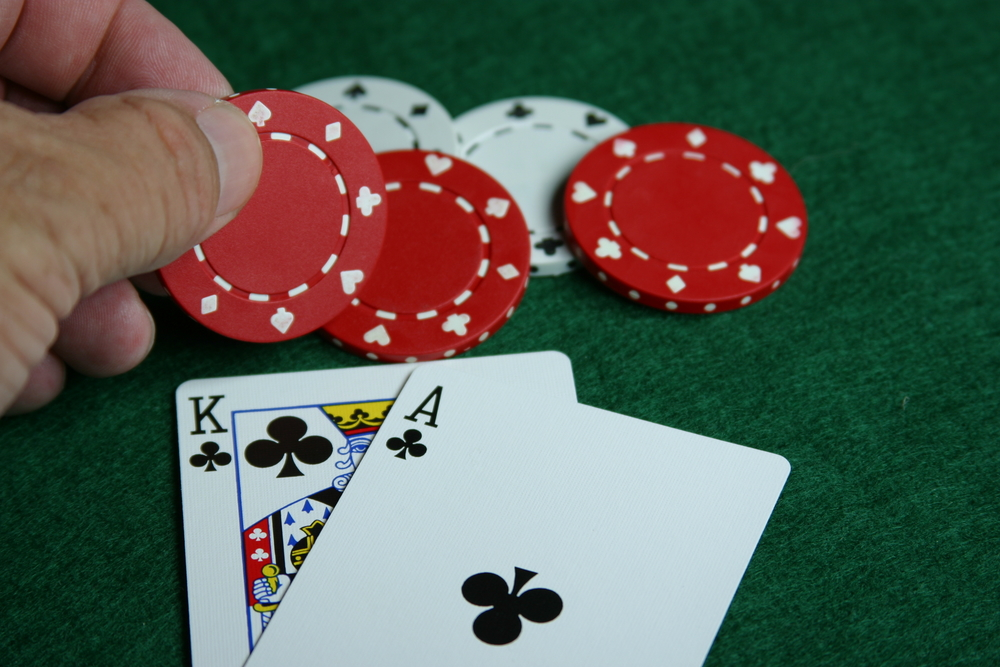 What are the odds of your hand being the best on the table - Calculating poker pot odds